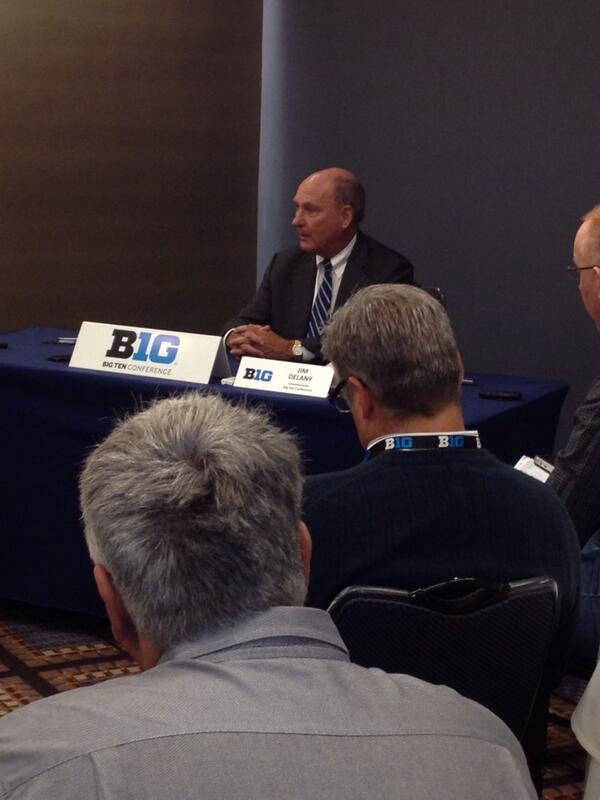 Big Ten commissioner Jim Delany addressing the media at #B1GMediaDay http://t.co/fJrjv8rL8r