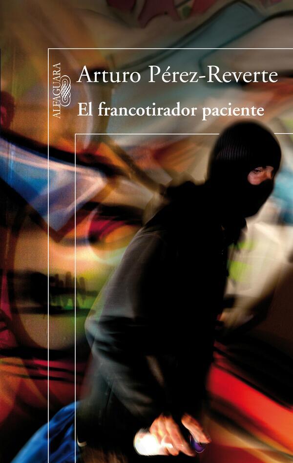 Portada de El francotirador paciente, de Arturo Pérez-Reverte