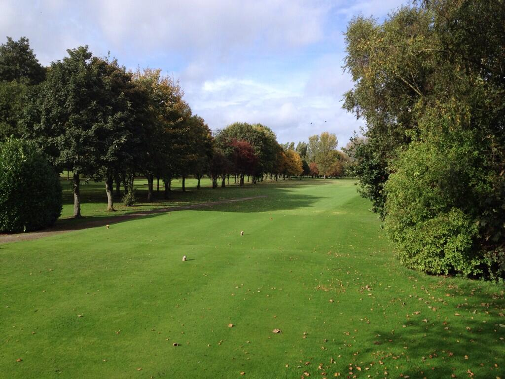 Twitter / davidjsilvester: The 14th hole at Withington ...