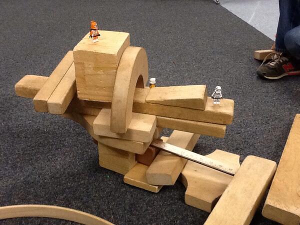 #ecchallenge just build!! @pammoran @1ButterflyClass @KarenHeathcock @thegiraffeclass @mlsmeg @irasocol http://twitter.com/mthornton78/status/392329092877811712/photo/1