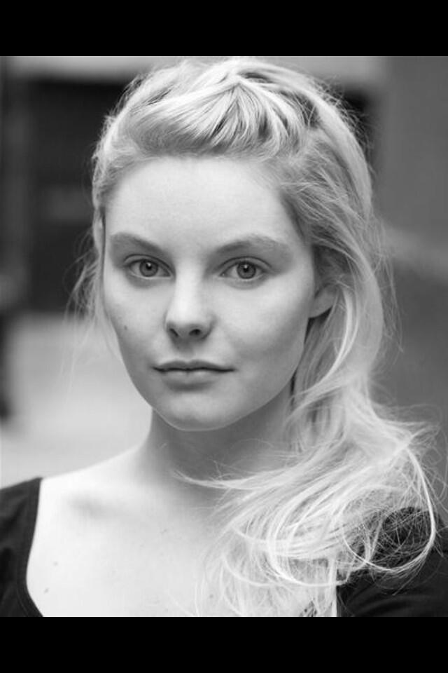 nell hudson and sam heughan