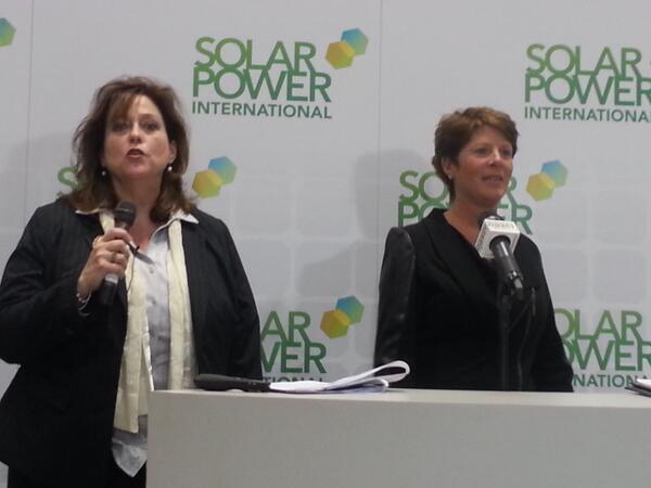 @GlennaWiseman and @EcoOutfitters Raina Russo shining a #solar marketing light on women at #SPICon. http://twitter.com/PVSolarReport/status/392771023059181570/photo/1