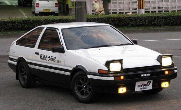 トヨタ・スプリンタートレノ  GT-APEX (AE86) 過給機 : NA  駆動形式 : FR  トランスミッション : 5速  エンジン形式 : 4A-GEUpic.twitter.com/yK6DBLq1cN