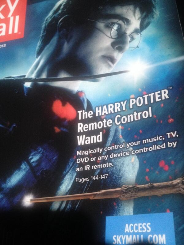 """COVER STORY! For those of us that r nerds and lazy as hell! U can """"magically"""" change the channel. #treyonplane http://t.co/TyvDUtscat"""