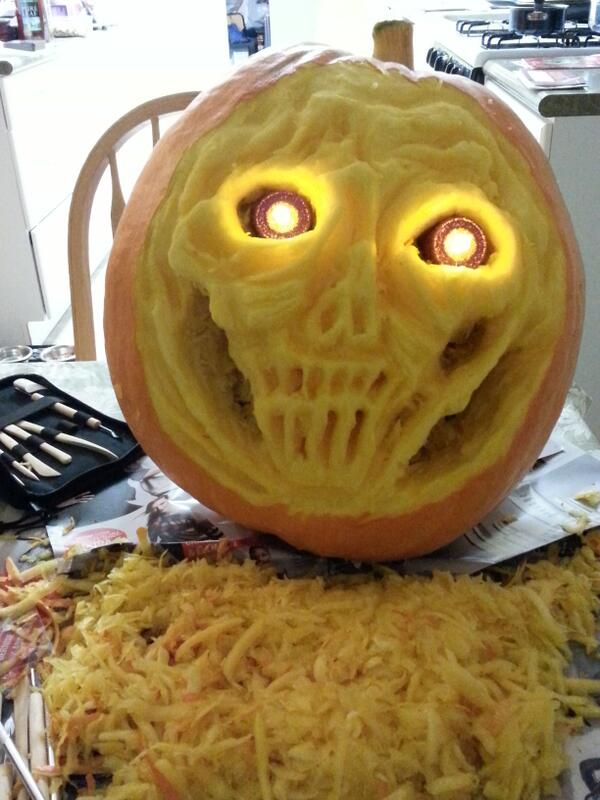 My 1st ever #extremepumpkin carved by yours truly! I'm a natural quite possibly. @NYBG I grew this guy from a seed! http://t.co/DOhQ3q9RyQ