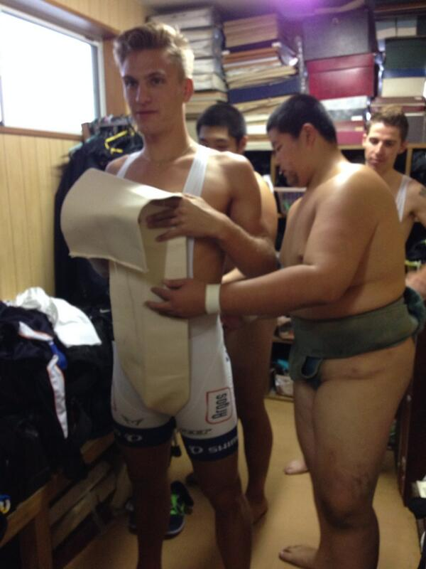 Here is @marcelkittel getting kitted up looking rather nervous #sumo http://t.co/kJDvdr1PnJ