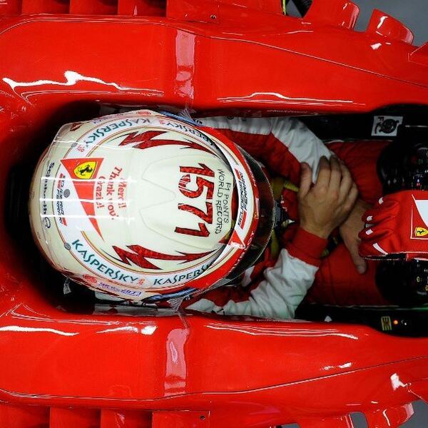 F1 2013 BXbLA5TIQAAWFL-