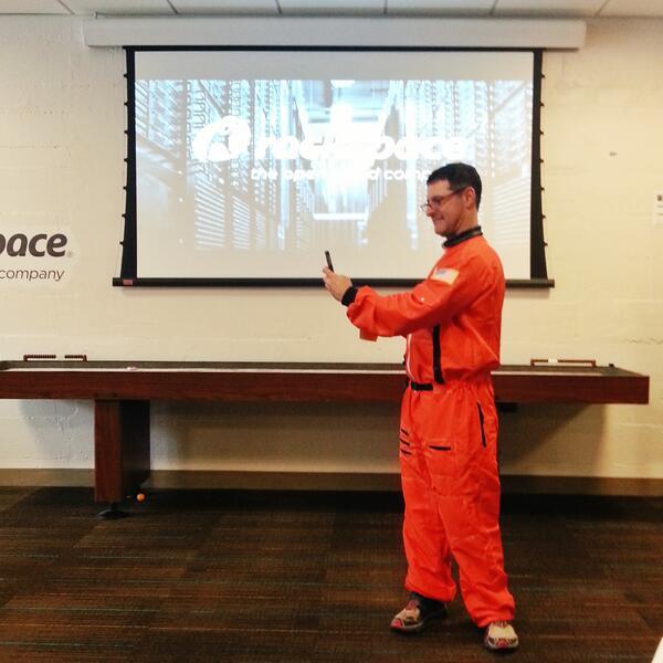 NASA Myles at #rackspace #newtechcrawl http://t.co/z4XDuMwpHr