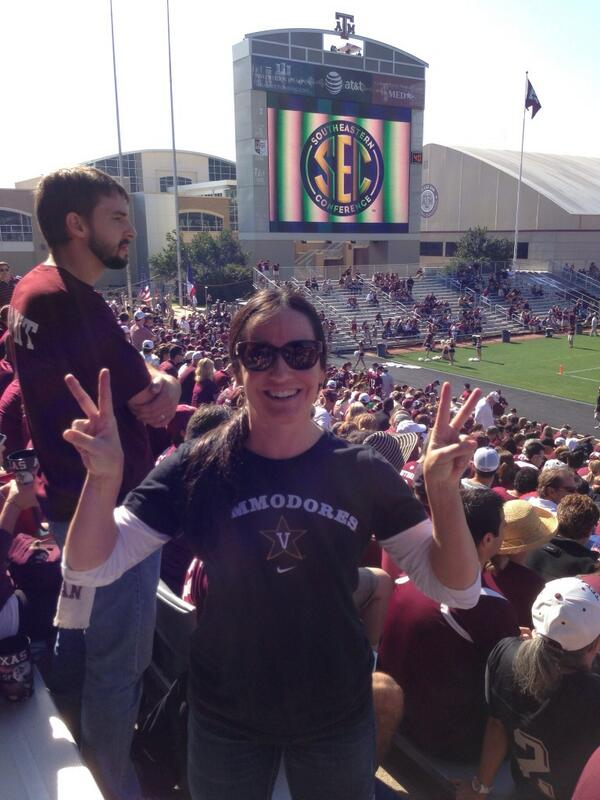 My friend Heather in a sea of Aggies, anchoring down! #anchordown http://t.co/BrPUHqMrEF