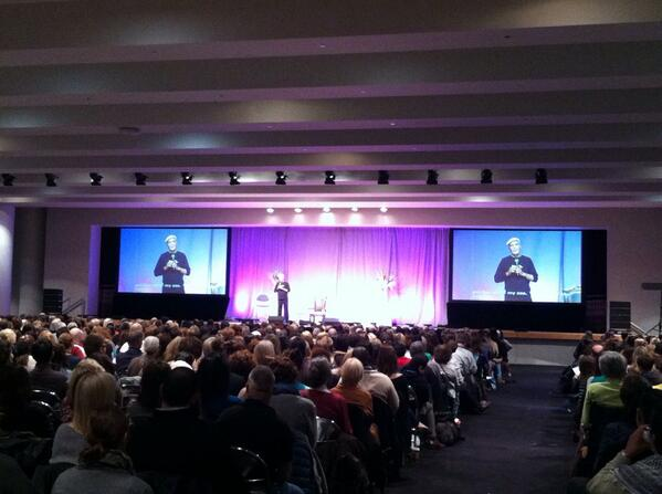 """Dr. Wayne Dyer taking center stage to kick off the """"I Can Do It"""" conference in New York! #ICDINY13 http://t.co/VcCDi6bHuP"""