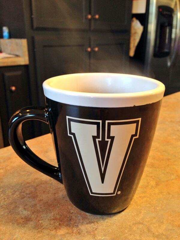 Getting ready for the early game. Go Vandy! #vandynation #AnchorDown http://t.co/uQYzNr1yWV