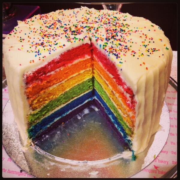 Hummingbird Bakery Rainbow Cake Review