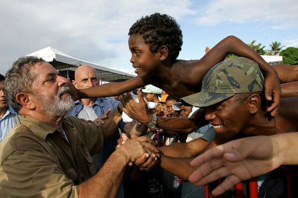 "Stanley Burburinho on Twitter: ""Uma das minha preferidas - #LulaDay http://t.co/p1PJhpxuaW"""