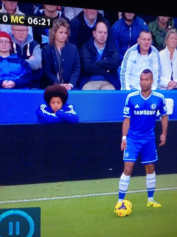 Chelsea have employed a Willian lookalike as a ballboy v Man City