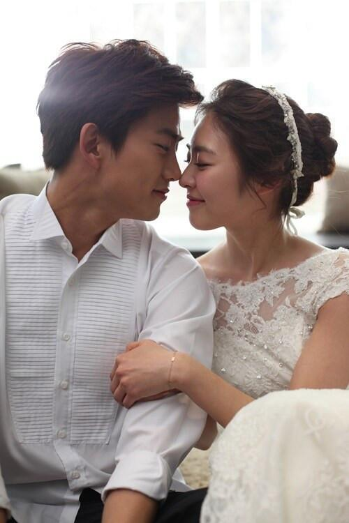 2pmalways On Twitter Pic Marriage Blue Taecyeon And Lee Yeon