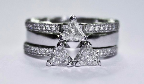 Zelda Universe on Twitter Awesome Triforce engagement ring http