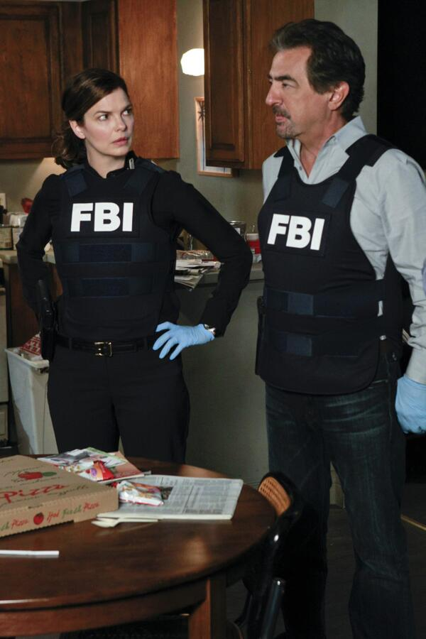 criminal minds on twitter need a costume for halloween fbi bullet proof vest criminalminds style httptcolihj61mhdk httptcooyb7dh6to7 - Halloween Bullet Proof Vest