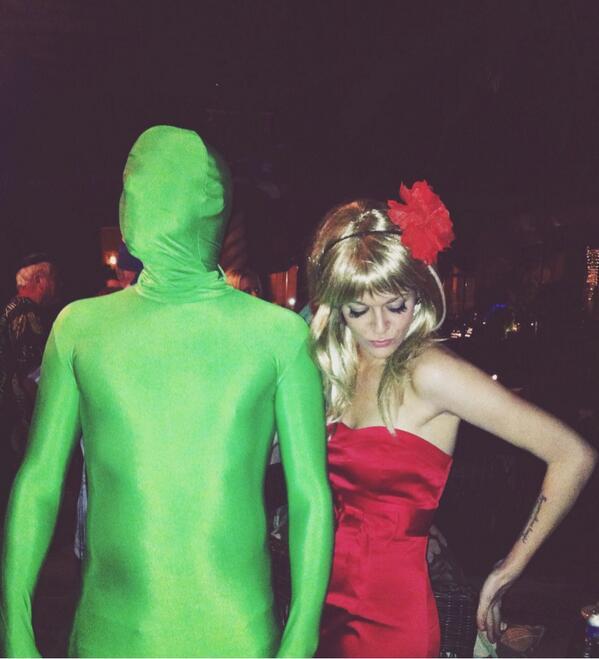 @AlwaysSunnyFXX Desert Rose & Green Man circa 2011 @tlangatang http://t.co/hTW3YTY1o2