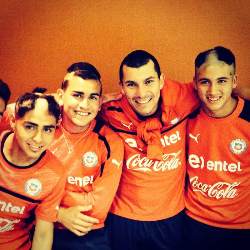 Gary Medel reveals how three young Chile players were hazed before the England game