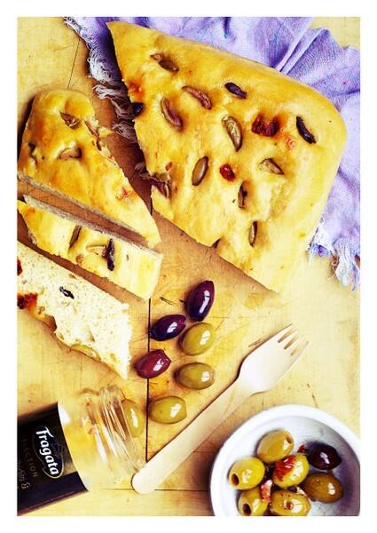 @FragataUK my home-made focaccia bread with your yummy Halkidiki and Kalamata Olives. Came out beautifully! #eatme http://t.co/JBl1r18jO2