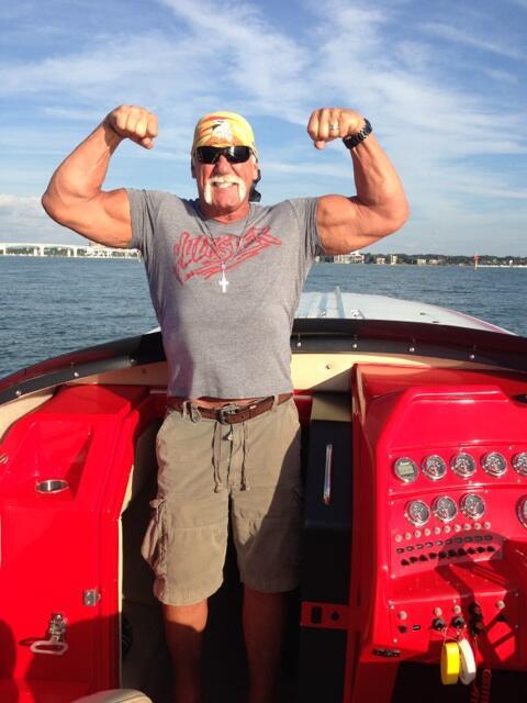Hulk hogan boat-6841