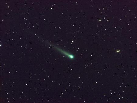 アイソン彗星接近、来月には肉眼での観測も可能に http://bit.ly/1aQvFeI
