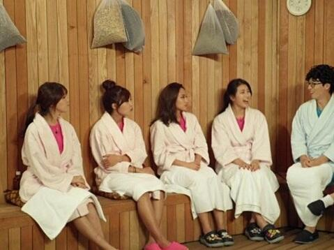 131114 Happy Together Episode 325-Miss A Suzy,Fei,A Pink Jung Eun Ji,& Girls' Day Minah (English Subs)