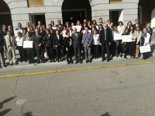 """Rt """"@Edudesarrollo: ganadores Premio Nacional #educacionparaeldesarrollo Vicente Ferrer http://t.co/KScKv9FD8Y"""" @Entreculturas @lasillaroja"""