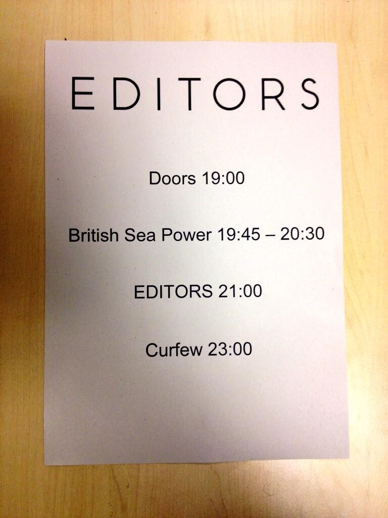@editorsofficial at The LCR tonight with @BritishSeaPower supporting! Tickets available on the door - #2013GigsUEA http://t.co/Q0gbh0jh14