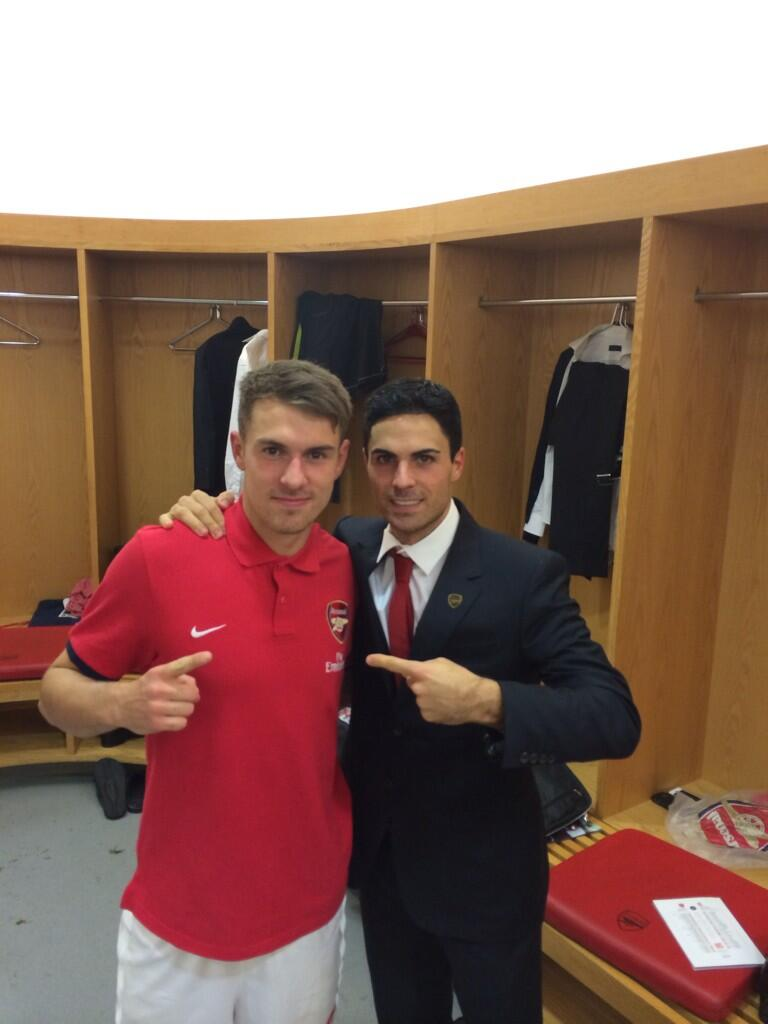 Mikel Arteta posts dressing room picture with Aaron Ramsey to celebrate Arsenal's 2-0 win over Liverpool