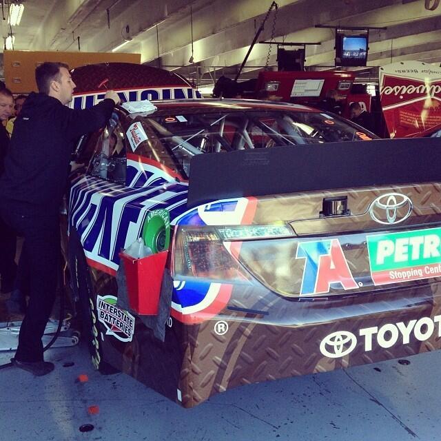 Twitter / interstatebatts: In the garage with the 18 team. ...