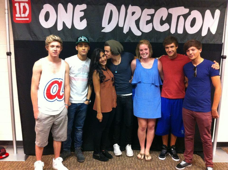 Orion carloto on twitter can we throw it back to that one time i orion carloto on twitter can we throw it back to that one time i snuck into a one direction meet and greet httpt6i6wwkvaab m4hsunfo