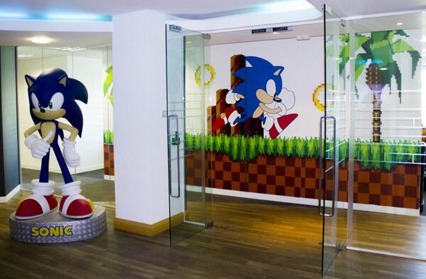 U201c@sonic_hedgehog: Check Out The New Sonic Wall Art In Our London Office!  Pic.twitter.com/AIU06eLsJ9u201d