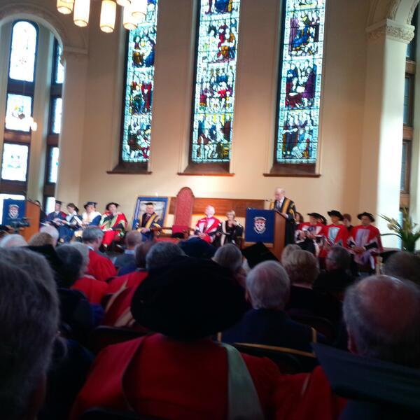 Présentement à l'installation de Mme Suzanne Fortier, nouvelle rectrice de McGill. #caq http://t.co/lNe20E4hn4