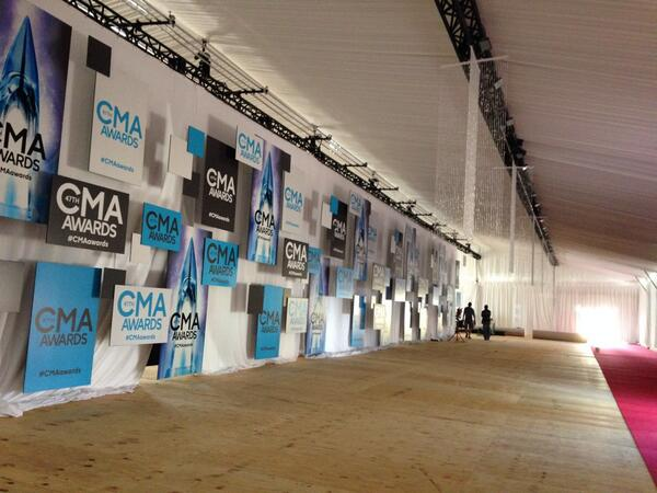 The #CMAawards Red Carpet is coming together! http://t.co/VQgtJfpdXM