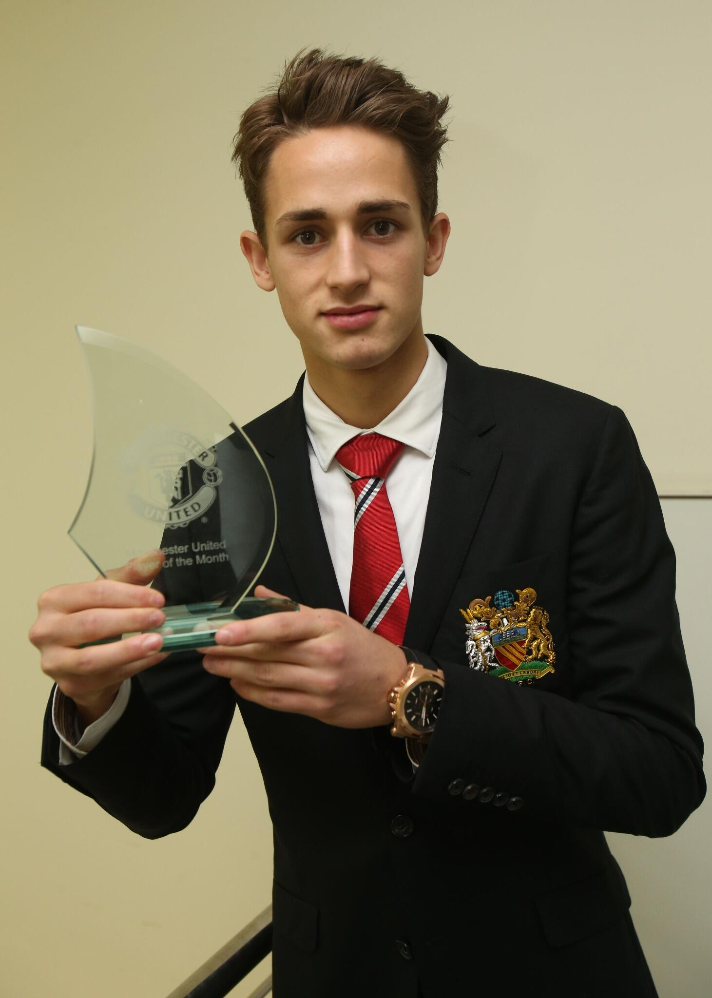 Why Adnan Januzaj was voted Man United player of the month for October [video compilation]