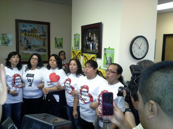 #RaceForward RT @mcdehoyos Women leaders risk arrest for immigration reform @mivcalifornia @chirla @ufw http://t.co/NpA2ZFARsX