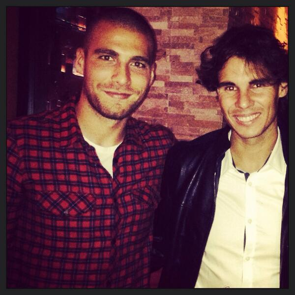 It was a big pleasure to meet Rafa Nadal one of the greatest in tennis! What a nice guy!👏🙏😊@RafaelNadal #Nadal #ffc http://t.co/5aw4KVopy1