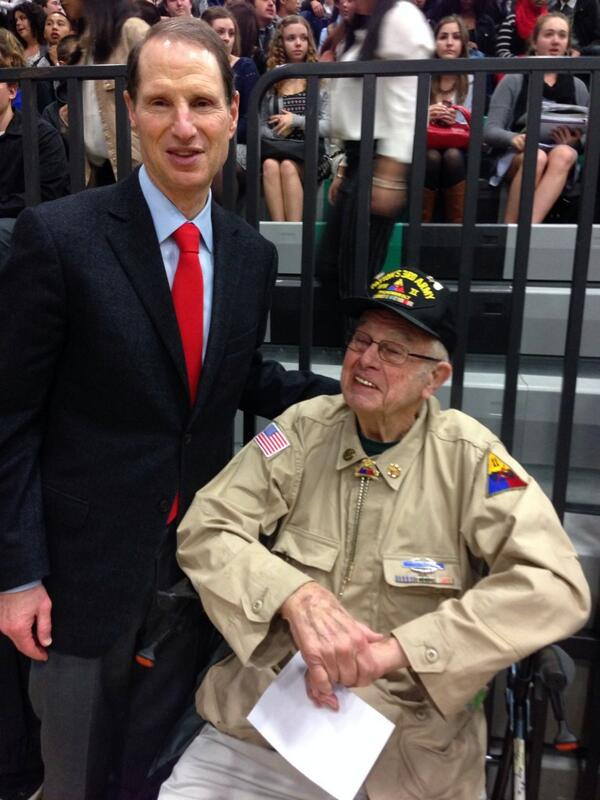 Honored to meet WWII veteran, Roger Mockford, one of Patton's Own, at Living History Day at Reynolds High School. http://t.co/3bZPz2FchQ