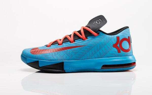 RT @nikebasketball: Support for your game. Support for a cause. The @NikeN7  KD VI, available now.pic.twitter.com/T0ZqcQ8bKc