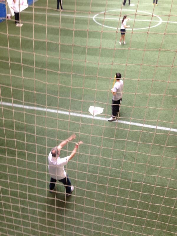 Big Dan Wood is catcher @dannywood http://t.co/zq9vu60q20