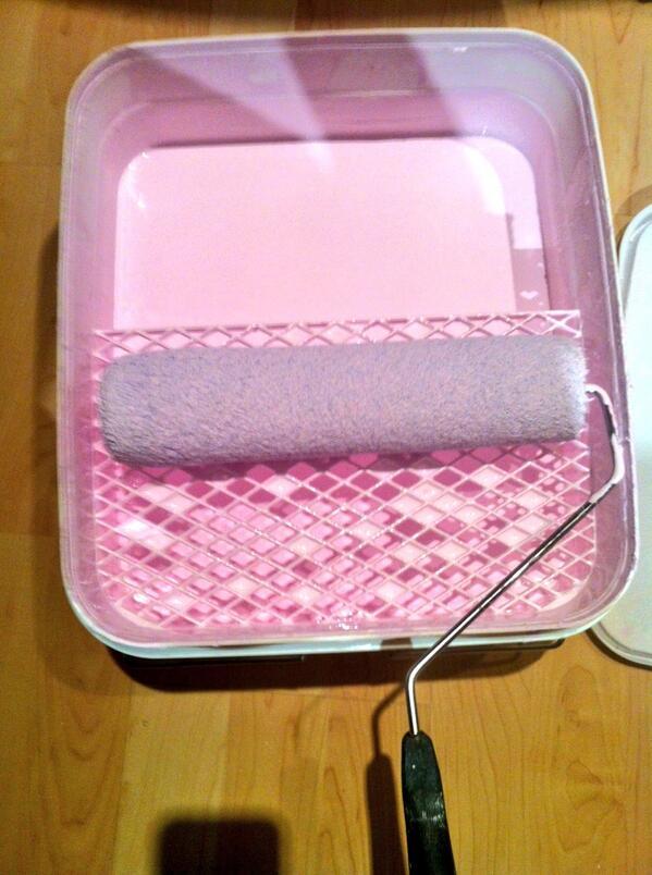 Linc Design On Twitter It S Pink Dries White Now That Smart Cil Magicwhite Ceiling Paint Cilpaints Easytouse Http T Co Hbxwodcb8p