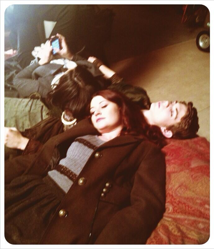 "Emilie de Ravin on Twitter: ""Set, Nap time... ;-) # ..."