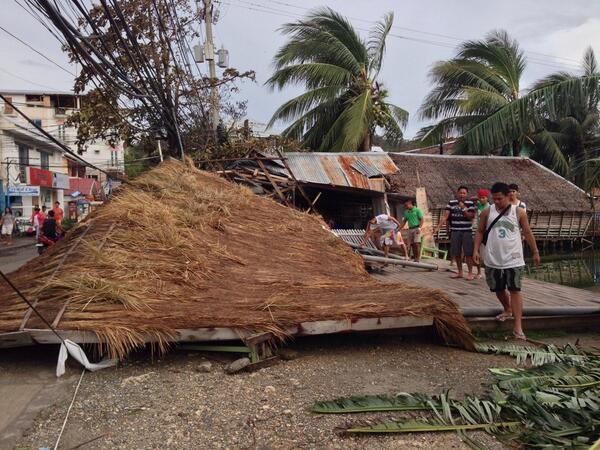 #Boracay #dmall area  @ancalerts  #YolandaPH http://t.co/WDd18eweSM
