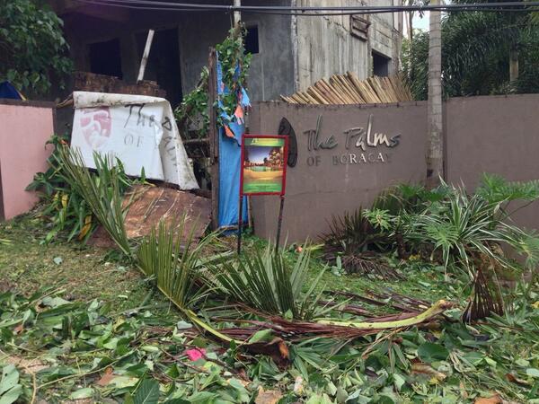 #Boracay #thepalms @ancalerts  #YolandaPH http://t.co/3ddngpPVTf