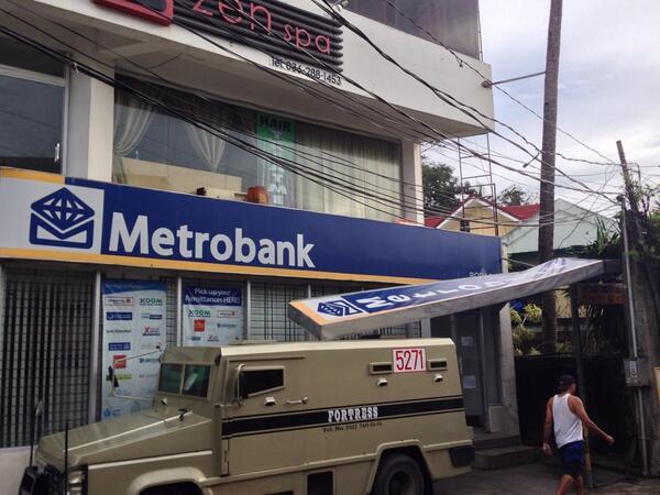 #Boracay #metrobank @ancalerts  #YolandaPH http://t.co/ersrzcVQn9