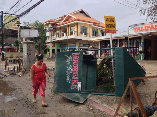 #Boracay #talipapa @ancalerts  #YolandaPH http://t.co/B4sbZ4S0Zj