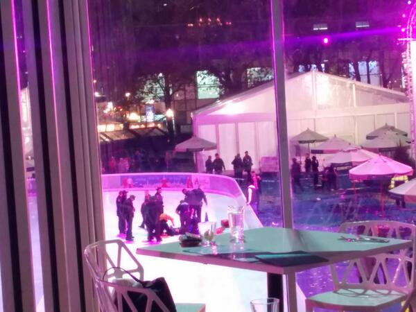 Just witnessed Bryant park shooting. So scary http://t.co/ssO7yVfhio