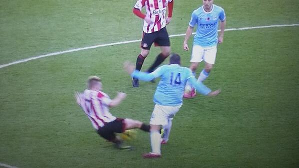 Shocking! Seb Larsson gets away with an x rated tackle on Javi Garcia