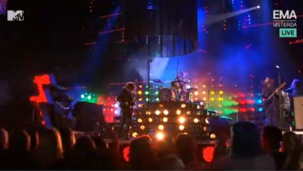 E Mr Brightside #MTVEMA @thekillers http://t.co/4A9Gs618dc
